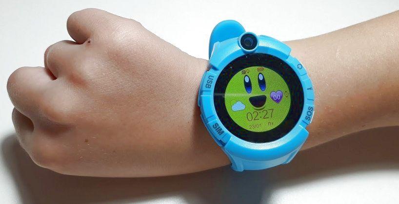 Часы с gps q имеют оригинальный круглый корпус, мягкий силиконовый ремешок.